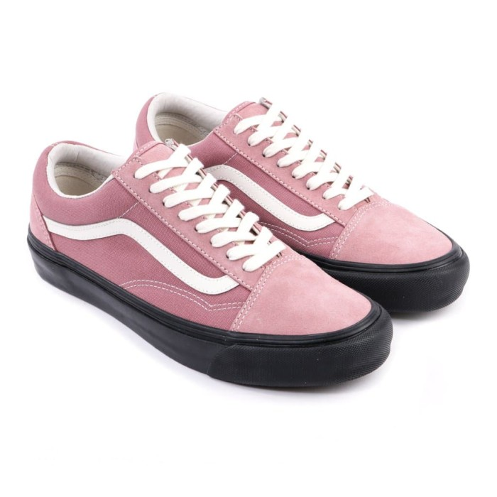 cc87d06ed004 Jual VANS VAULT OG OLD SKOOL LX ASH ROSE BLACK SLIP ON CHECKERBOARD ...
