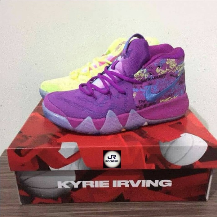 size 40 653ba 430d2 Jual SEPATU SNEAKERS Kyrie Irving 4 Confetti Purple Yellow PREMIUMORI 40-46  - Jackrepublic_shoes | Tokopedia