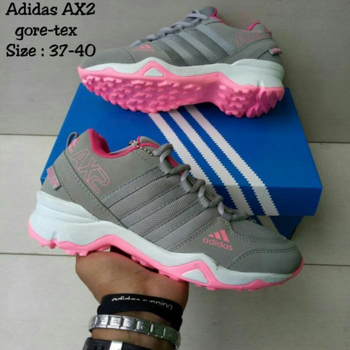 Segini Daftar Harga Sepatu Adidas Goretex Murah Terbaru 2019 ... 744a10e1b0