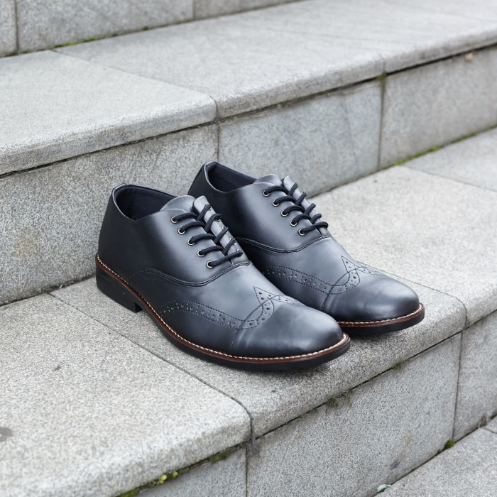 harga Sepatu navara vintage black | navara shoes | 100% original Tokopedia.com