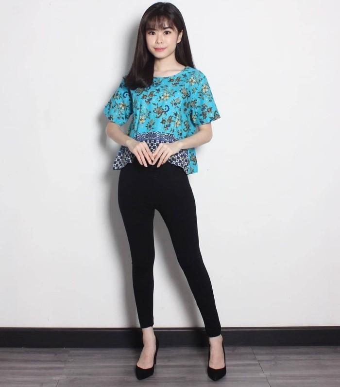Model Kaos Batik Wanita - Desain Kaos Menarik