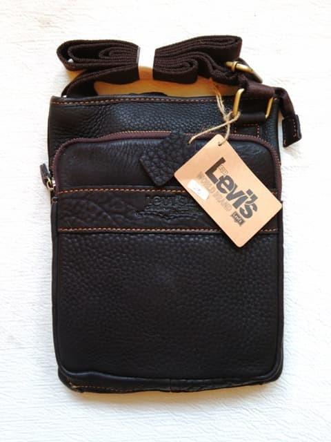 harga Tas selempang kulit original asli levis Tokopedia.com
