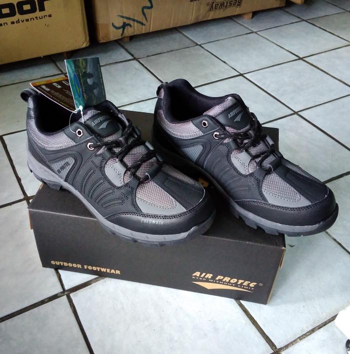 Jual Sepatu Air Protec seri columbia sepatu hiking outdoor pria ... 9e1ad06072