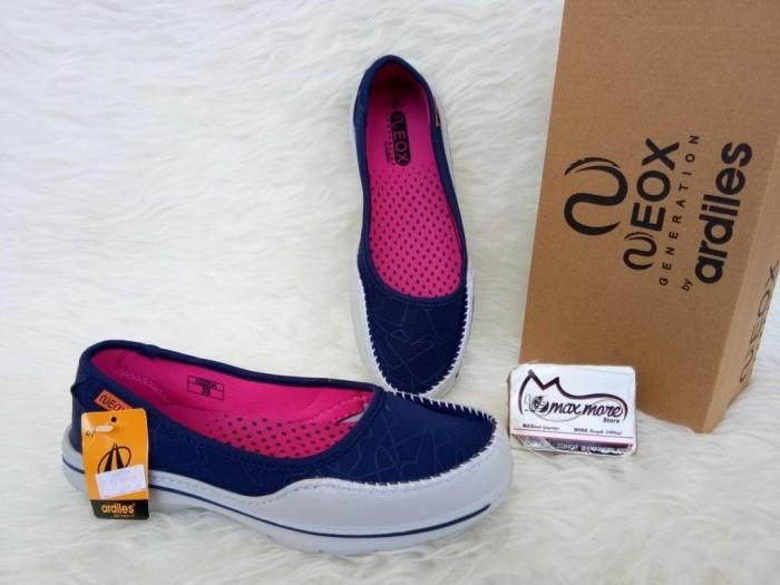 Jual Sepatu Slip On Wanita - Ardiles Neox Adzkia Biru - Sepatu Murah ... 4c531519ca