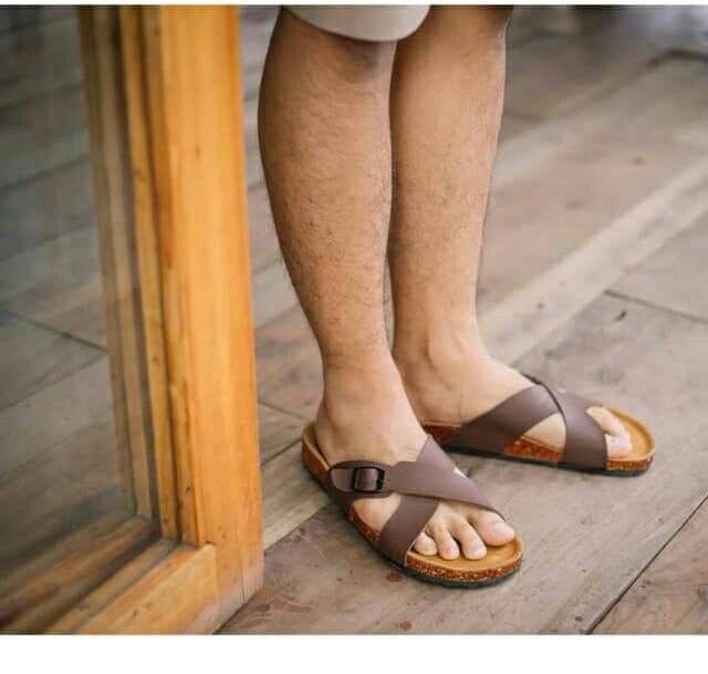 Sandal selop pria