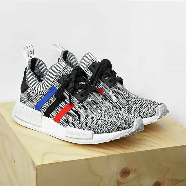 purchase cheap f87da 08a8f Jual Adidas NMD R1 PK Tricolor White - DKI Jakarta - footsdreams   Tokopedia