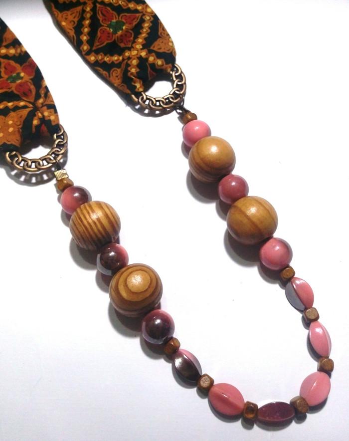 harga Kalung batik etnik kebaya perhiasan ba33 batu kayu fashion Tokopedia.com