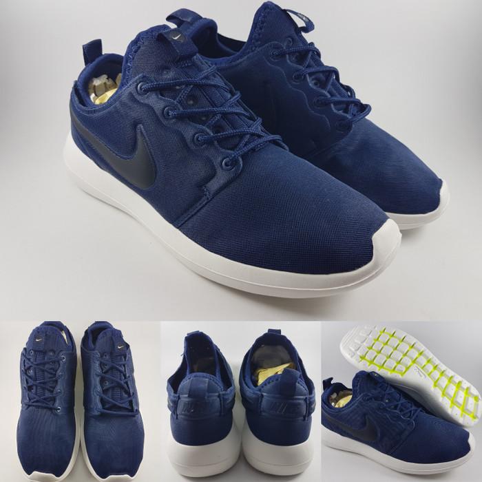 meet 1f227 c37f7 Jual Sepatu Lari Running Jogging Nike Roshe Run 2 Navy Blue Biru Navy -  Kota Bandung - BladeMazter Corp. | Tokopedia