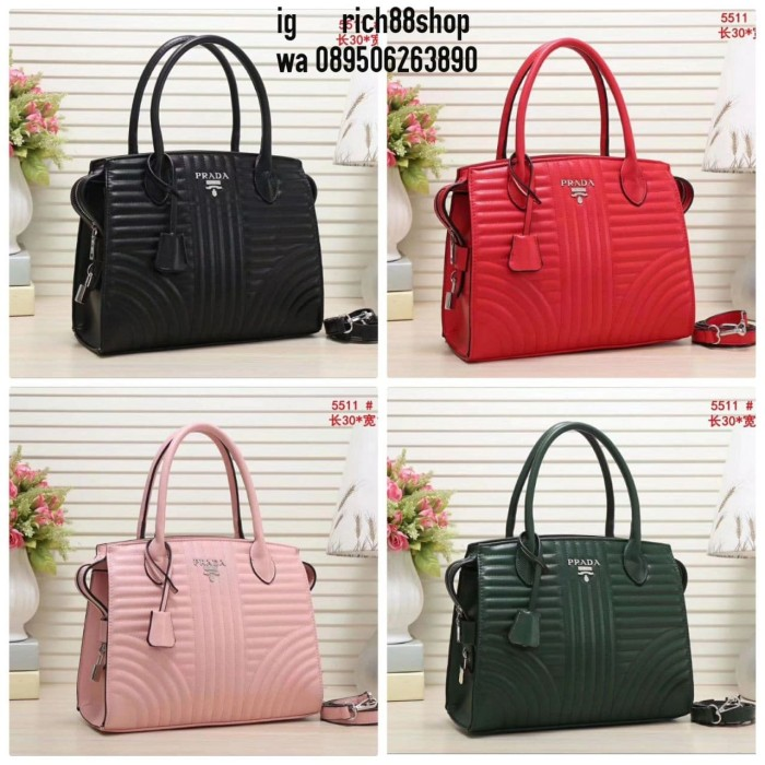 Jual Tas Prada   Prada bag ( Tas Wanita   Tas import   Tas fashion ... b571650e6e