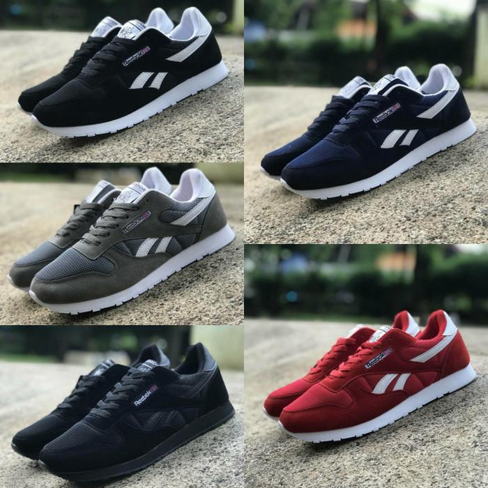 Jual Reebok Classic Size 39 - 43 Sepatu Pria Sneakers Sekolah Hitam ... 7a83f732e8