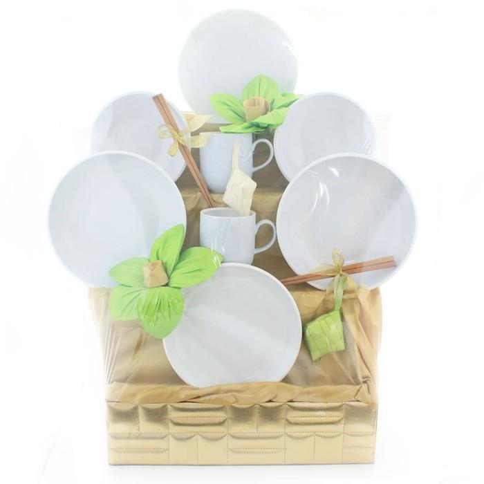 harga Uchii eid ramadhan hampers parcel lebaran dinnerware keramik couple a Tokopedia.com