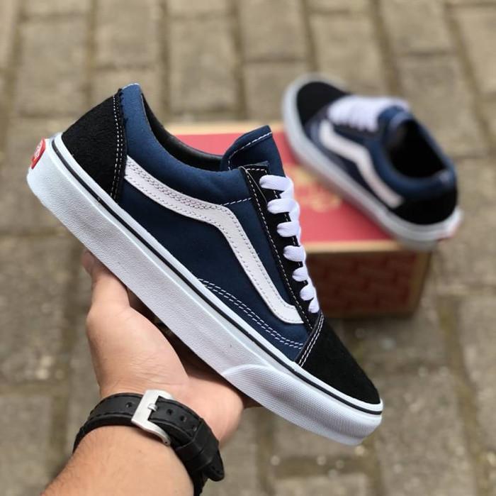 3cf672741d Jual Sepatu Vans Old Skool Classic Navy Blue White DT BNIB Original ...