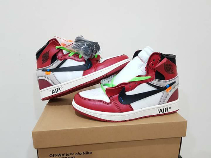 ... harga Sepatu basket air jordan 1 high off chicago Tokopedia.com 1f5266e7c7