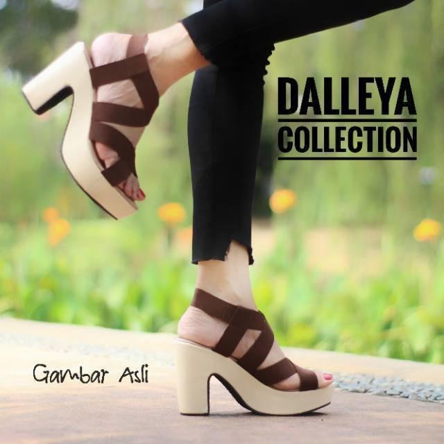 harga Sandal sepatu  wanita casual  simple polos  heel pump karet munich Tokopedia.com
