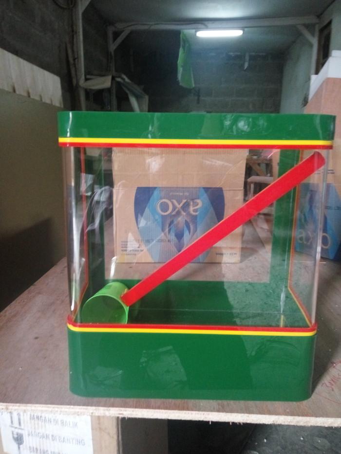 Jual Aquarium Es Acrylic Kotak Es Akrilik Dki Jakarta Pelita Travela Tokopedia