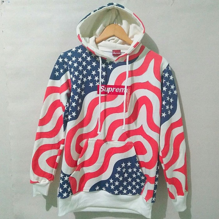 fecb7f528eec Jual JAKET SUPREME AMERICA FLAG HOODIE GROSIR DISKON - Kab. Bandung ...