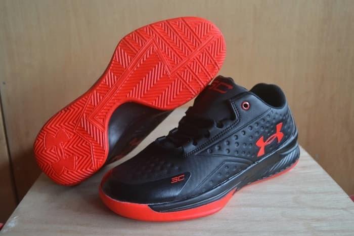Sepatu gym under armour   sepatu basket olahraga murah   readyterus 2ab163219e