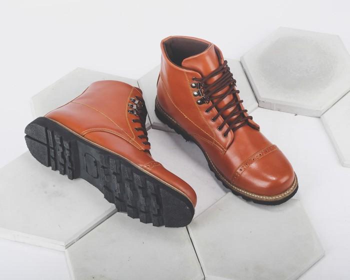 Jual Ufootwears - Giant Flames Erdogan Brown  82e1c9766d