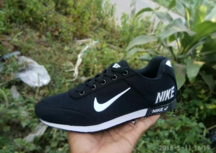 Sneakers pria dan wanita terlaris spatu nike neo sepatu import vietnam
