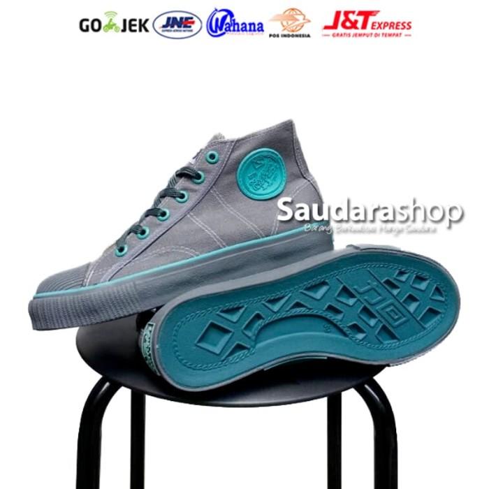 Sepatu Warrior Classic High Abu Tosca / Sepatu Warrior Abu2 [37 - 43] - Blanja.com