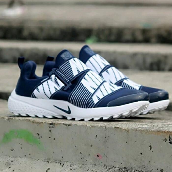 sports shoes ca0fb 5b179 Sepatu Nike Air Presto Slip On AB1 Berkualitas
