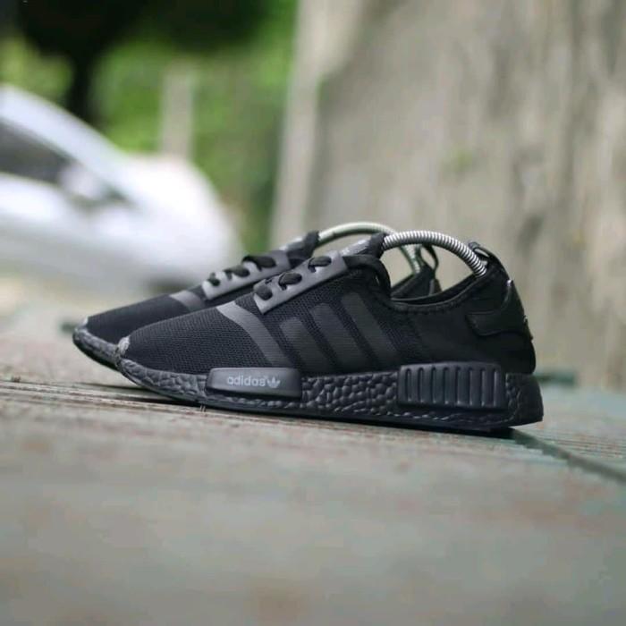 low cost 483d7 a5de8 Jual Sepatu Adidas NMD Runner R1 Black Berkualitas - DKI Jakarta -  taruma_shop | Tokopedia