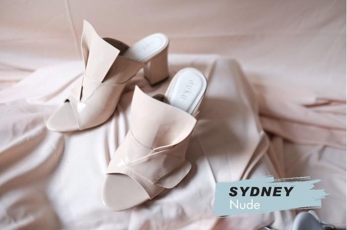 Nuku sydney nude glossy heels - ivory 40