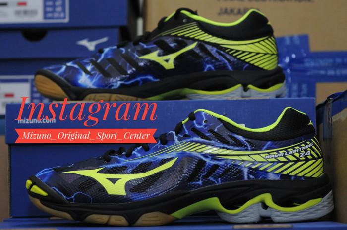 Sepatu Voli Mizuno V1ga180565 Wave Lightning Z4 Mid Blue Mirage ... 51de7ef785