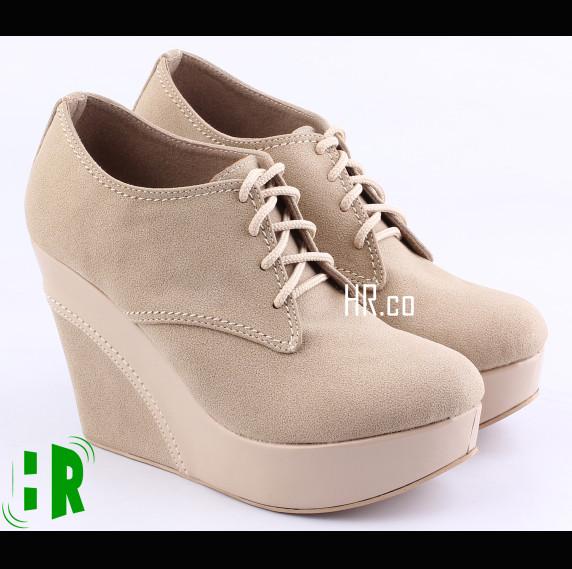 harga Sepatu boot cewek boots wedges cream kerja distro fashion wanita Tokopedia.com