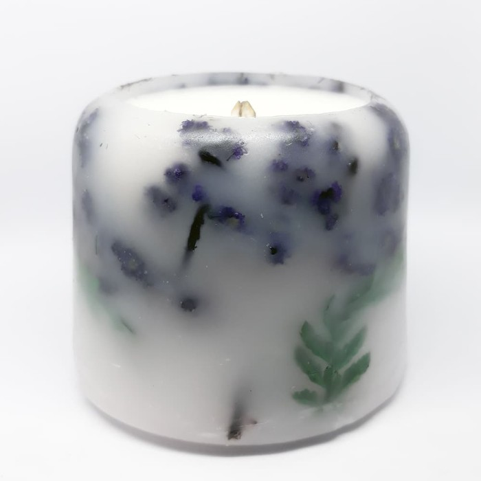 harga Soy wax in botanical candle - wooden wick - 60 hours burning time Tokopedia.com