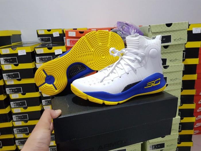 aceec1d9cbb5 Jual Sepatu Basket Under Armour Curry 4 GSW Home White Blue Yellow ...