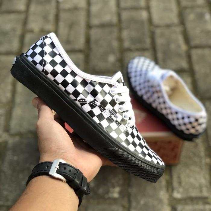 ... harga Sepatu vans authentic checkerboard black white sole black premium  icc Tokopedia.com d495d18dc