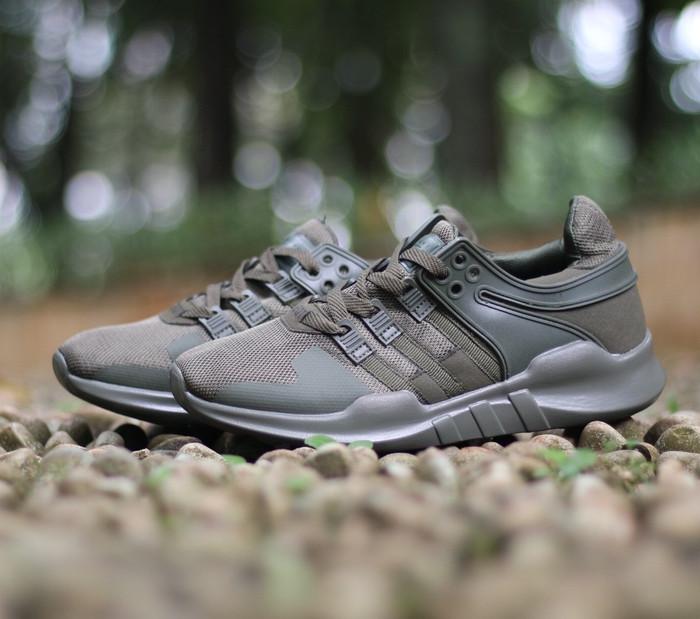 new concept 6e8a6 af610 Jual sepatu cowok Adidas EQT dark green sneaker running olahraga - DKI  Jakarta - Dryshoes | Tokopedia