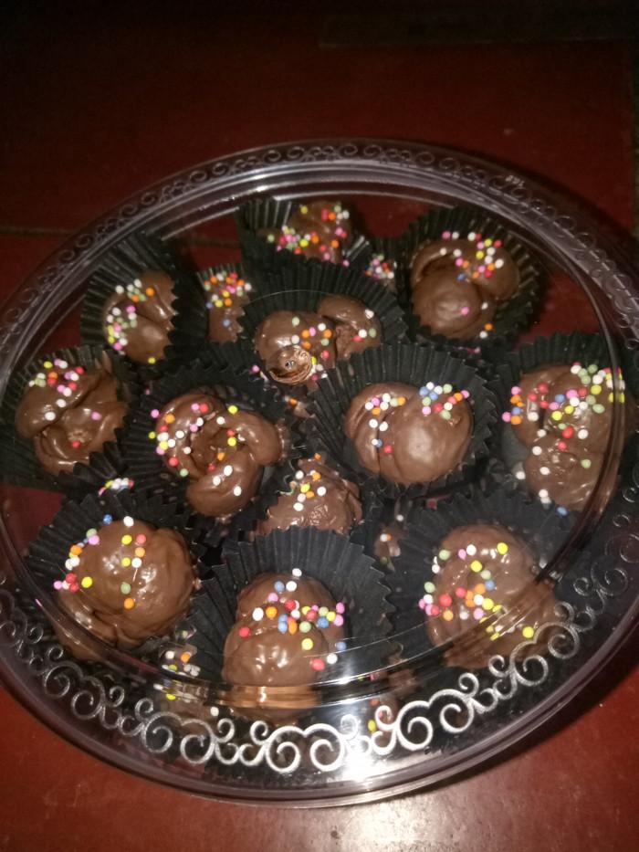 Jual Kue Coco Crunch Siram Coklat Kota Bekasi Limaroseshop Tokopedia