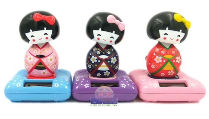 harga Pajangan figure miniatur mobil solar power putri japan 11cm Tokopedia.com