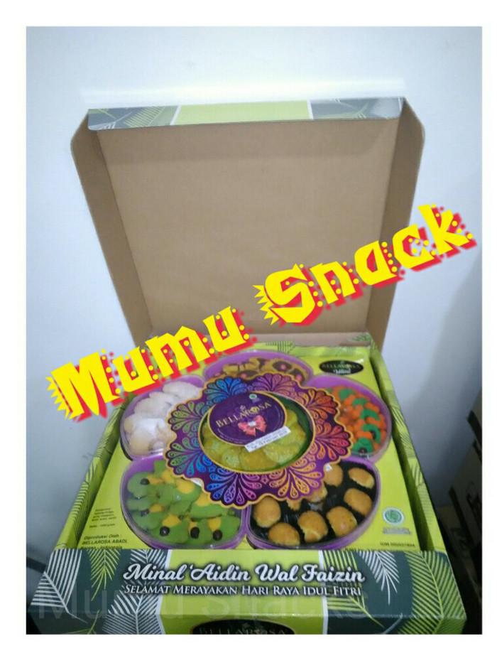 Paket kue kering Lebaran Bellarosa Wilona (tanpa packing kayu)