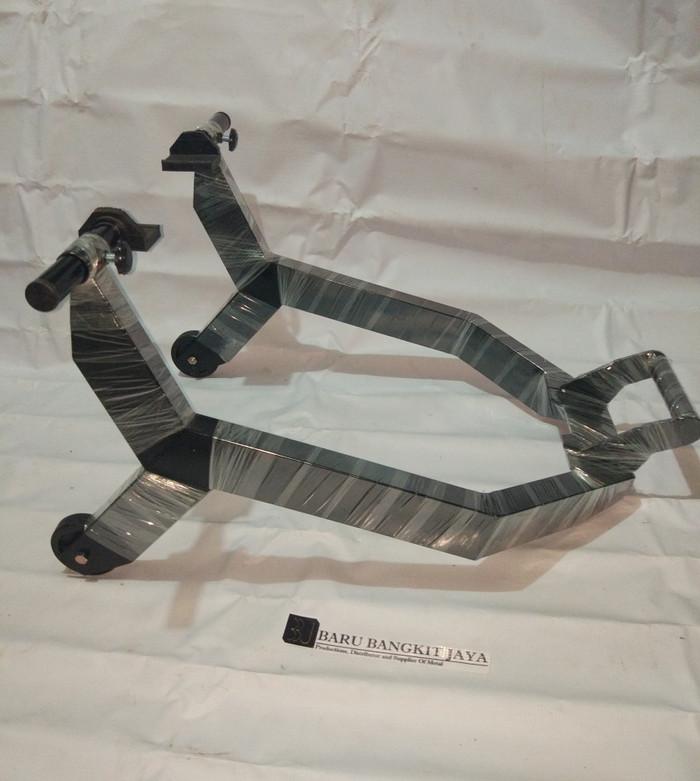 Foto Produk Promo Standar paddock kotak universal / CBR 150 / 250, Ninja 150r Dll dari Baru Bangkit Jaya