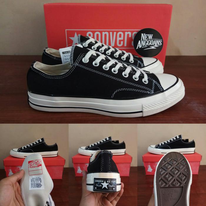 ... harga Sepatu converse ct all star 70s seventies classic black white low  Tokopedia.com. Rp. 450000 2a7b710081