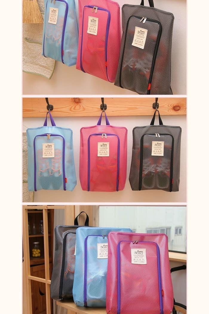Jual Korea Fannie Made Mesh Travel Shoe Pouch   Shoe organizer   Tas ... 97b6c7f08a