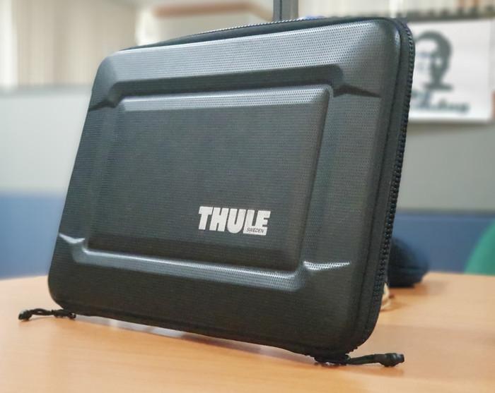 best loved 0ed7d ce926 Jual THULE Hard Case for Macbook Pro Retina 13 inch - DKI Jakarta -  reg.stuffs | Tokopedia
