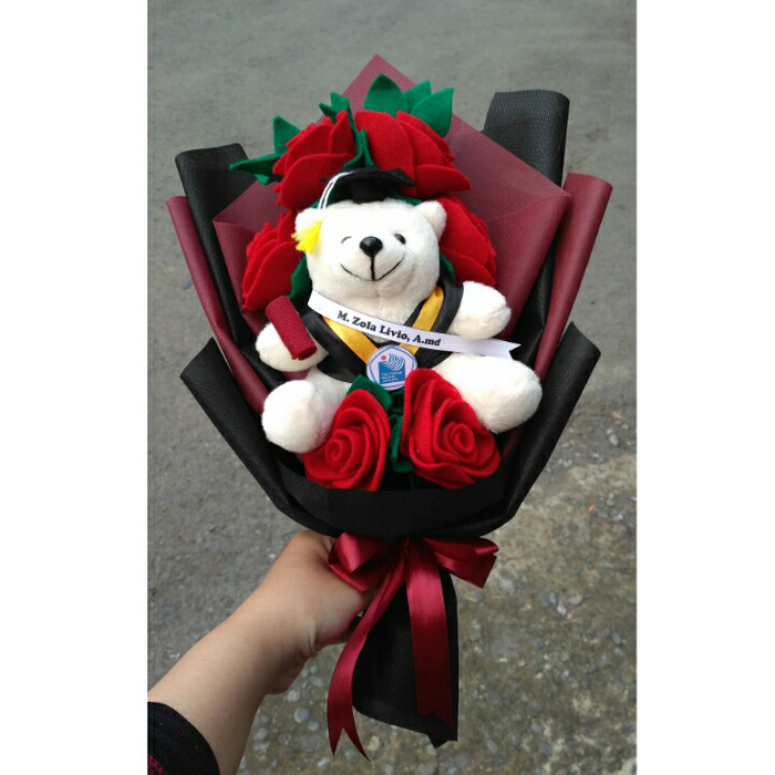 harga Buket boneka wisuda bunga flanel 09   bear wisuda   beruang wisuda  Tokopedia.com 417285f3a6