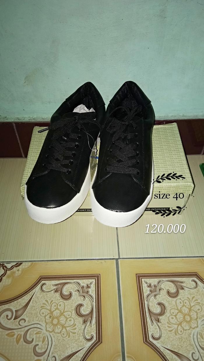 Jual sepatu tali nevada hitam size 40 - Hitam 97b335ab3d