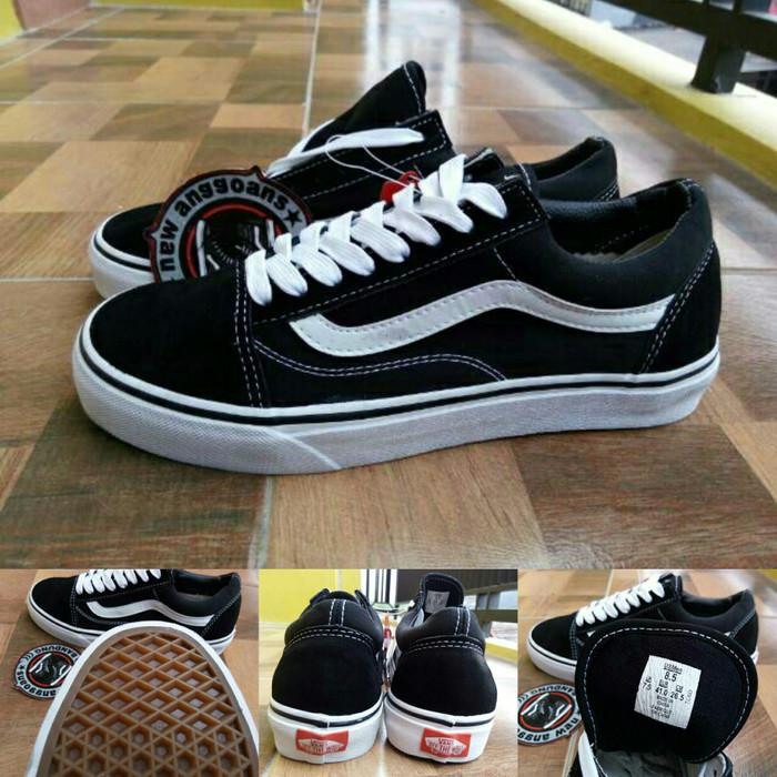 6107d209f67 Jual Sepatu Vans Oldskool Classic Black White Hitam Putih Original ...
