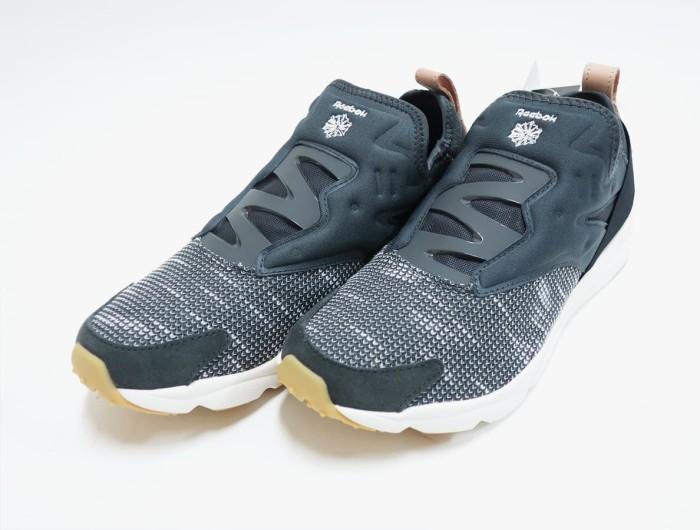 Jual Sepatu Reebok Furylite Slip Emb Ebk BS6244 - Contola Shop ... d7b85070b8