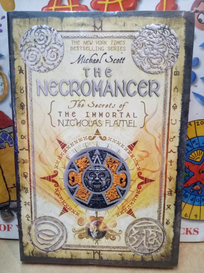 harga Novel the necromancer.the secrets of the immortal nicholas flamel Tokopedia.com