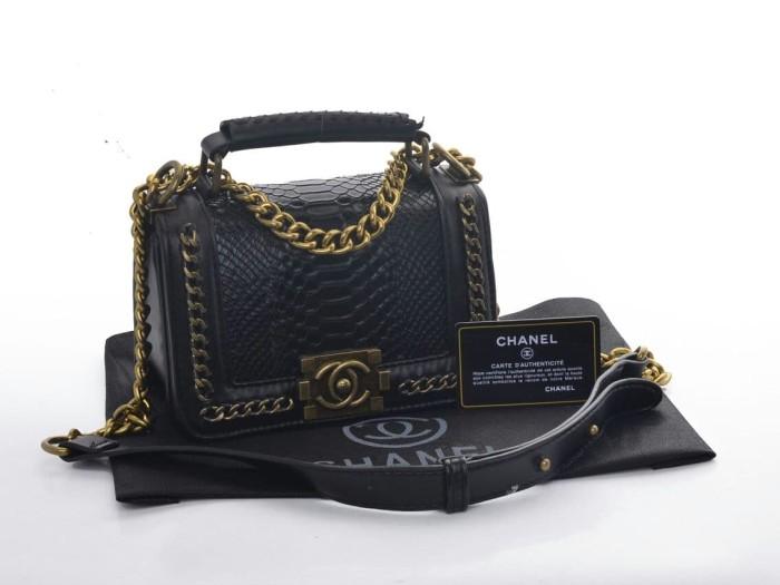 0b742706 Jual Tas Chanel Boy Top Handle Snake Semi Premium Authentic - Kota Batam -  Wellook   Tokopedia