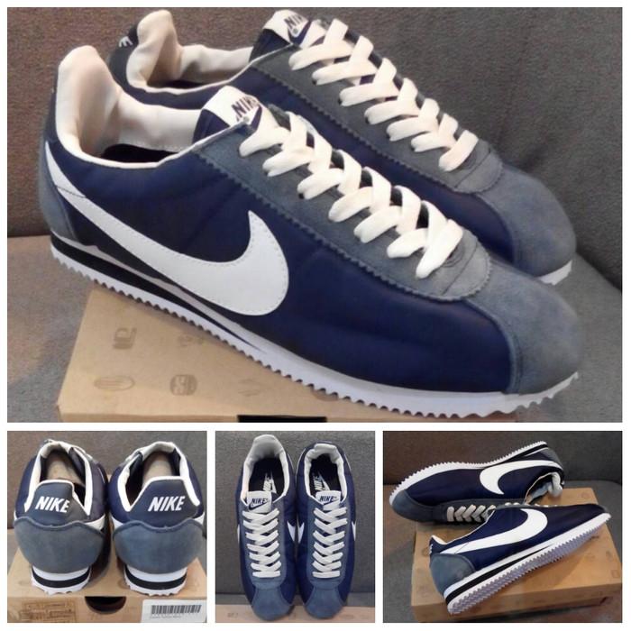 timeless design a01c5 68d9d Jual SEPATU NIKE CORTEZ NYLON BLUE NAVY WHITE - BIRU PUTIH OLAHRAGA PRIA -  Kab. Bandung - Drunken_Footwear | Tokopedia