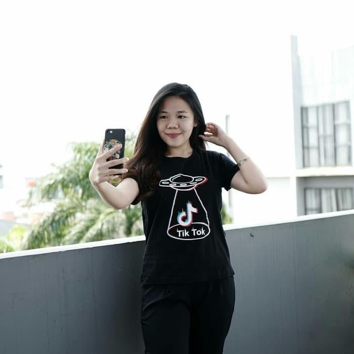 harga Baju kaos tik tok ufo tumblr tee untuk cewe t-shirt cotton Tokopedia.com
