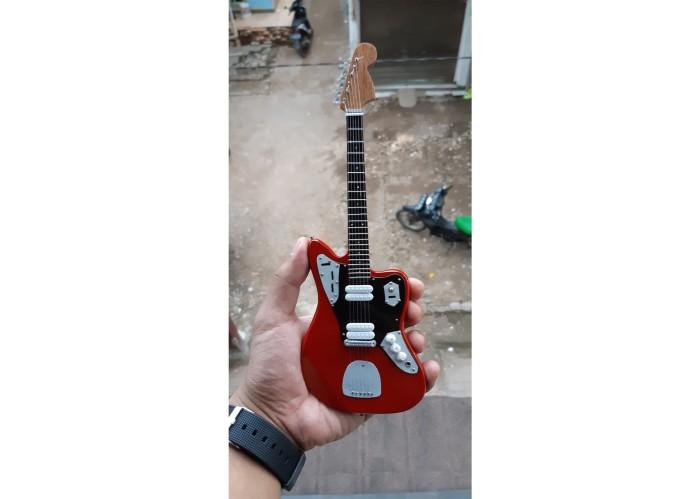 harga Miniatur gitar jaguar candy apple red kurt cobain signature Tokopedia.com