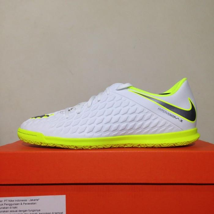 Jual Sepatu Futsal Nike Hypervenom 3 Club IC White Volt AJ3808-107 ... 72bde33d93